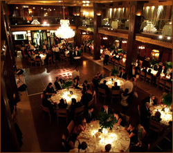 Restaurants and pubs in los angeles california for Deco lounge bar restaurant